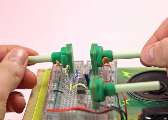 pokusy s elektrinou - syntezátor